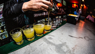 91 - Bar & Bartender.jpg