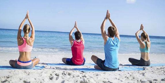 yoga_beach_20_§_copia_nicol.jpg