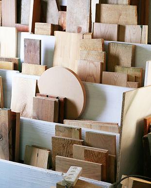 木製の小品