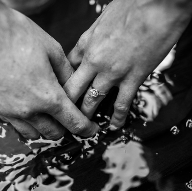 NorthGeorgia-NorthGeorgiaPhotographer-Engagement_Dahlonega-Photography-Love-MountainPhotography-Waterfall