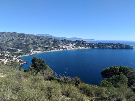 10 Reasons Why You Should Move With Your Family to La Herradura