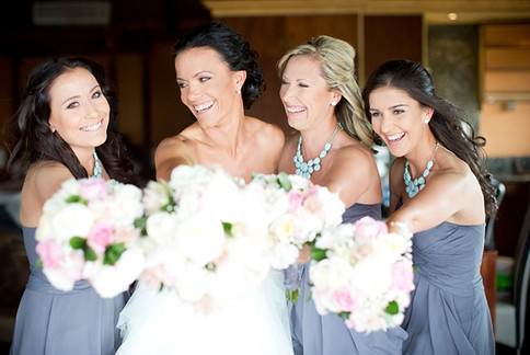 Wedding-friends-Just-Hitched-Laura-Jane-