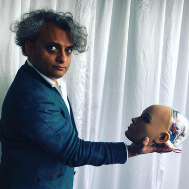 Dr Vishal Nangalia
