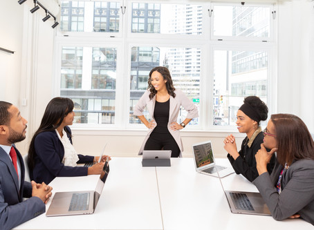 Awaken The Leader In You: 10 Easy Steps To Developing Your Leadership Skills