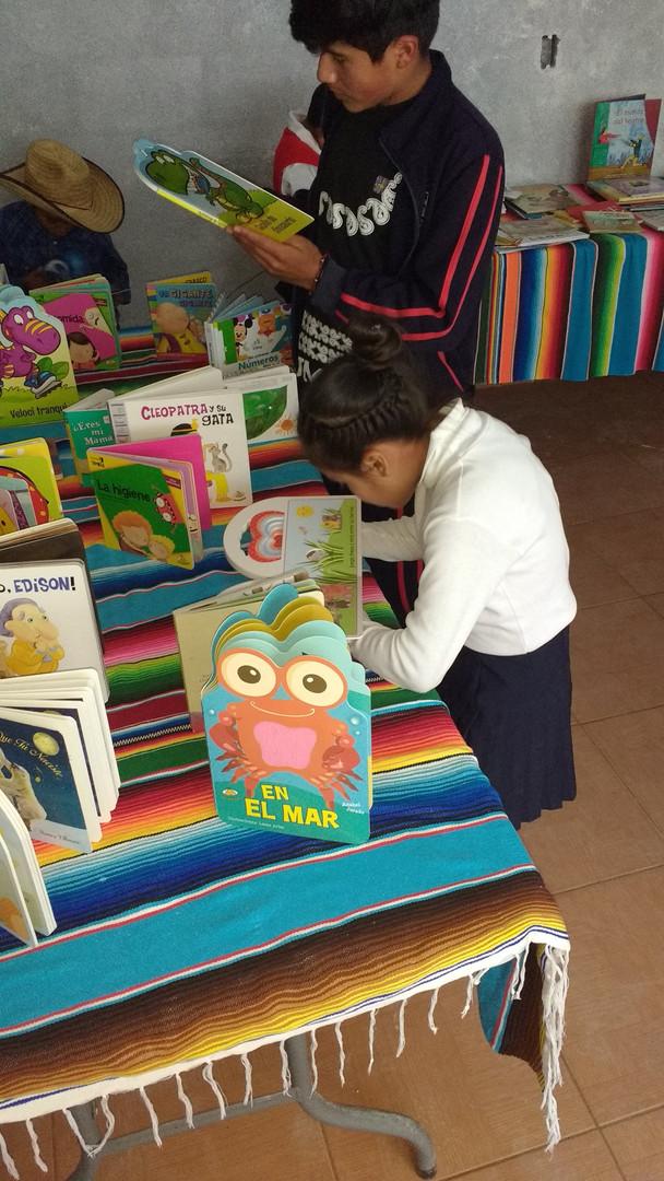 Children Reading in Mexico