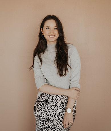 Molly Brooks Branding and Web Designer