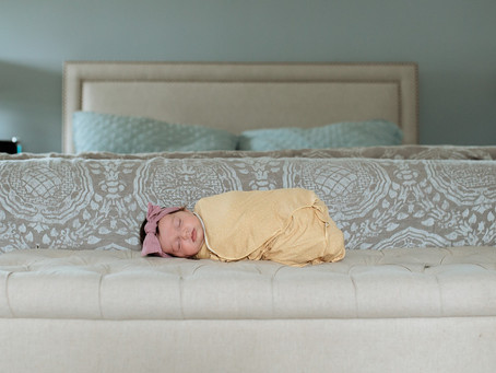 What's a Lifestyle Newborn Session?