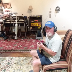 Kurt in the Studio