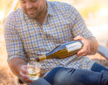 2016-Elouan-Chardonnay-Lifestyle-2779-fl