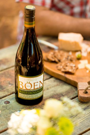 2016-Boen-Chardonnay-Lifestyle-3055.jpg