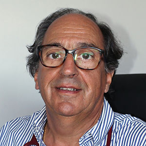 Dr Luis Ruiz.jpg