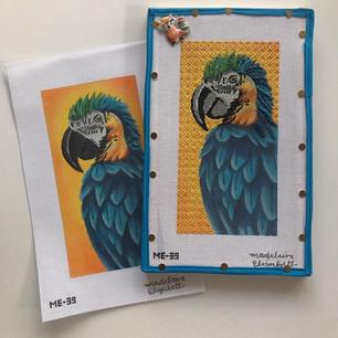 ME39 - Bruce the Blue Parrot