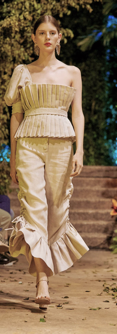 Capella top and Canopus pant