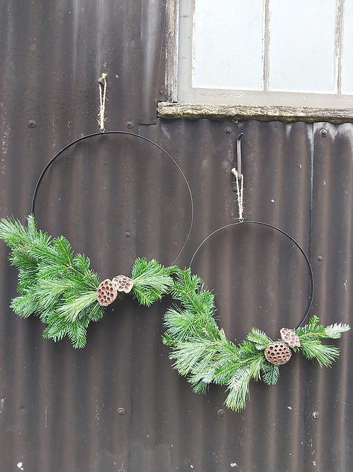 x2 Festive hanging rings