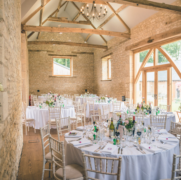 upcote-barn-wedding-photography-cheltenh