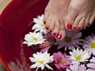 Un massage érotique exécuté avec les pieds vous tente-t-il?