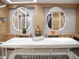 Un séjour de découvertes dans un salon de massages naturistes à Paris