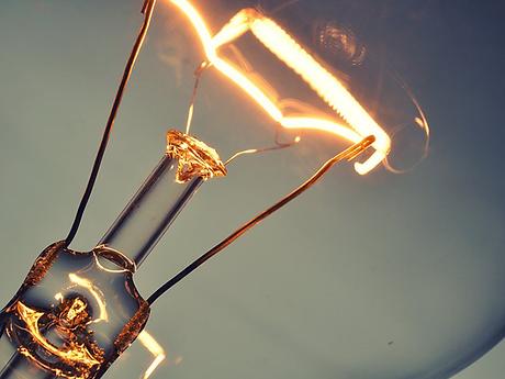 hausse-annuelle-electricite-promesse-levy-augmentation-prix-facture-menage