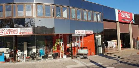 auto vitrage Ciatto à Liège, réparaion vitre voiture cassée