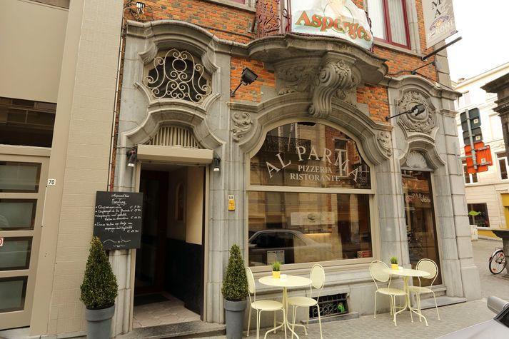 gevel restaurant Casa Madre in Leuven
