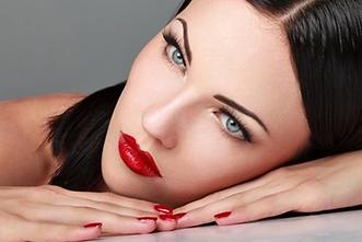 Permanente Make-up: Wenkbrouwen - lipcontouren