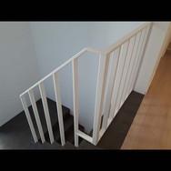 Moderne trapleuning te Lint