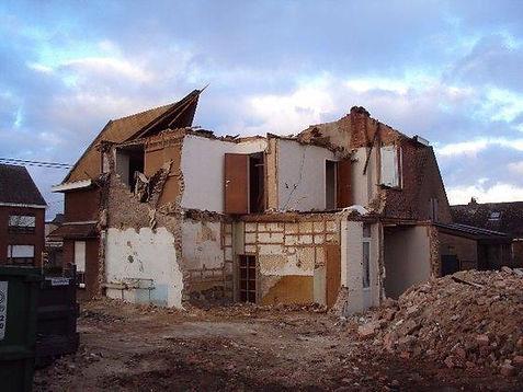 totale sloop van gebouwen