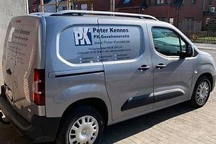 Peter Kennis Gevelrenovatie bedrijfswagen in Lint