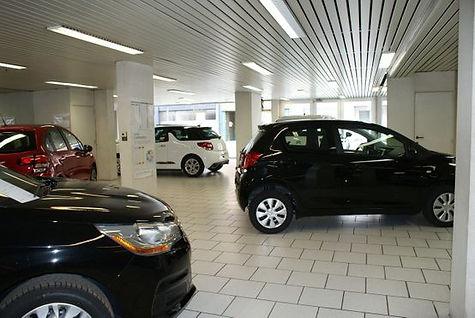 showroom garage Nihant Liège