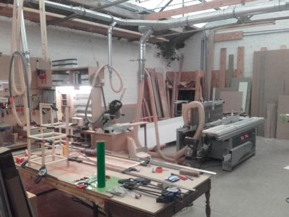 Atelier : Table de montage Combiné à bois.