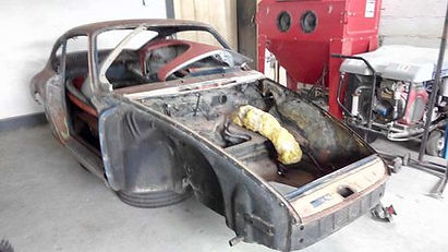 Aérogommage automobile