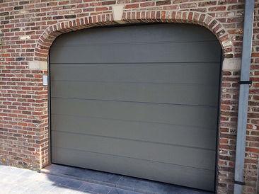 plaatsing van garagepoorten