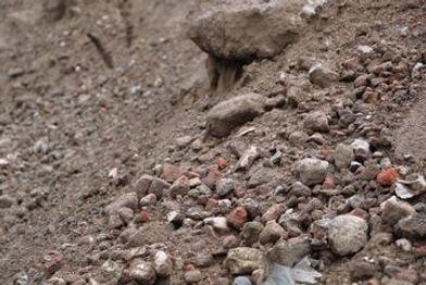 aarde en steenpuin