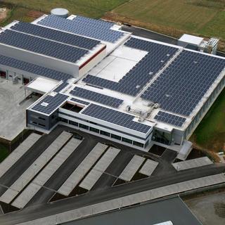 Witte dakbedekking Derbibrite - fabriek Tienen