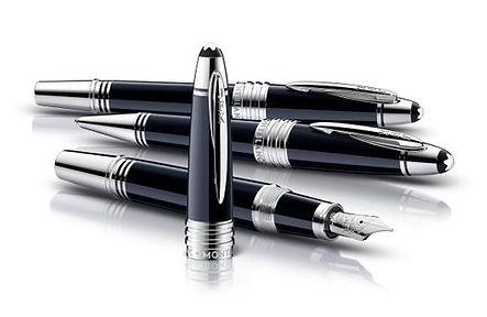 De Corte in Brugge is dé speciaalzaak voor exclusieve pennen, luxeschrijfwaren, fijne lederwaren, scheersets, parfums. Service en kwaliteit gegarandeerd!