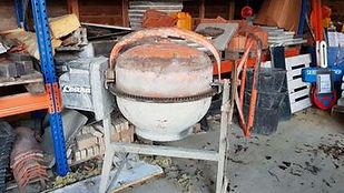 Betonmolen huren bij Mondelaers in Hasselt