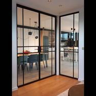 Dubbele deur en vast raam in staal
