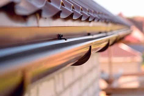 travaux de toiture et zinguerie à Gesves, gouttière