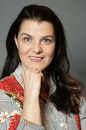 Coach Cibele Nardi.jpg