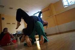 Danza contact improvisación.
