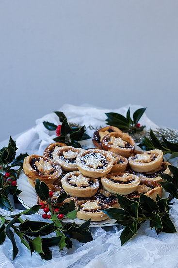 12 Cake Cafe Mince Pies