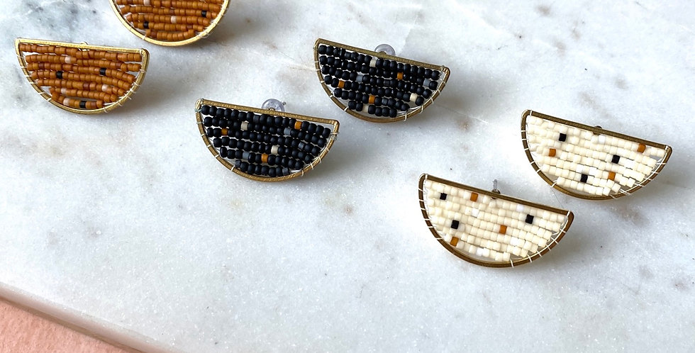 Speckled Wedge Studs