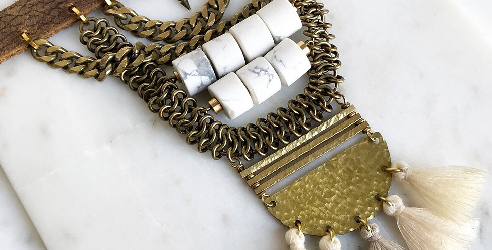 Laila Lux Collar