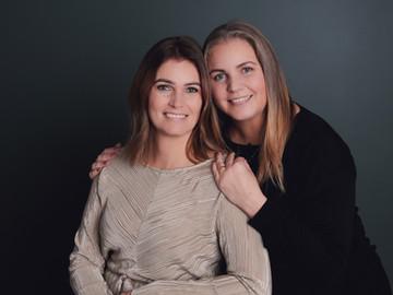 Iceland family portrait -60.jpg