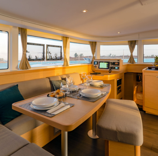 antilles-sail-location-de-catamaran-6-gu