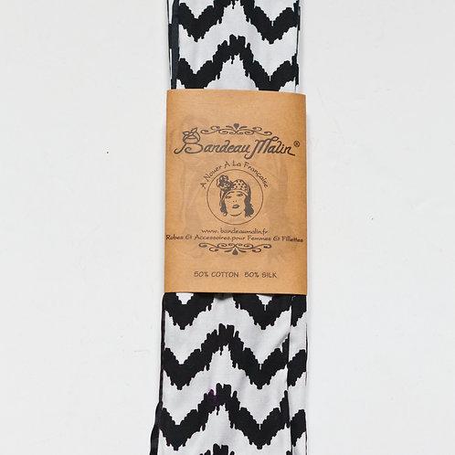 bandeau cheveux femme à motif chevrons noir et blanc