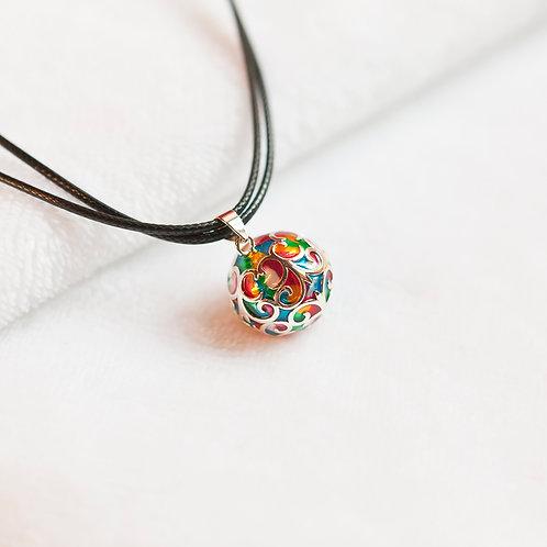 bola de grossesse long collier avec pendentif carillon multicolore élégant