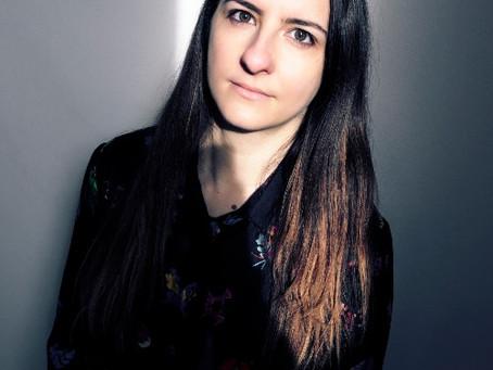 Alexandra Badea - Tu marches au bord du monde