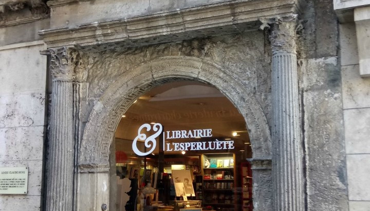 """Librairie """"L'&sperluète"""" à Chartres"""