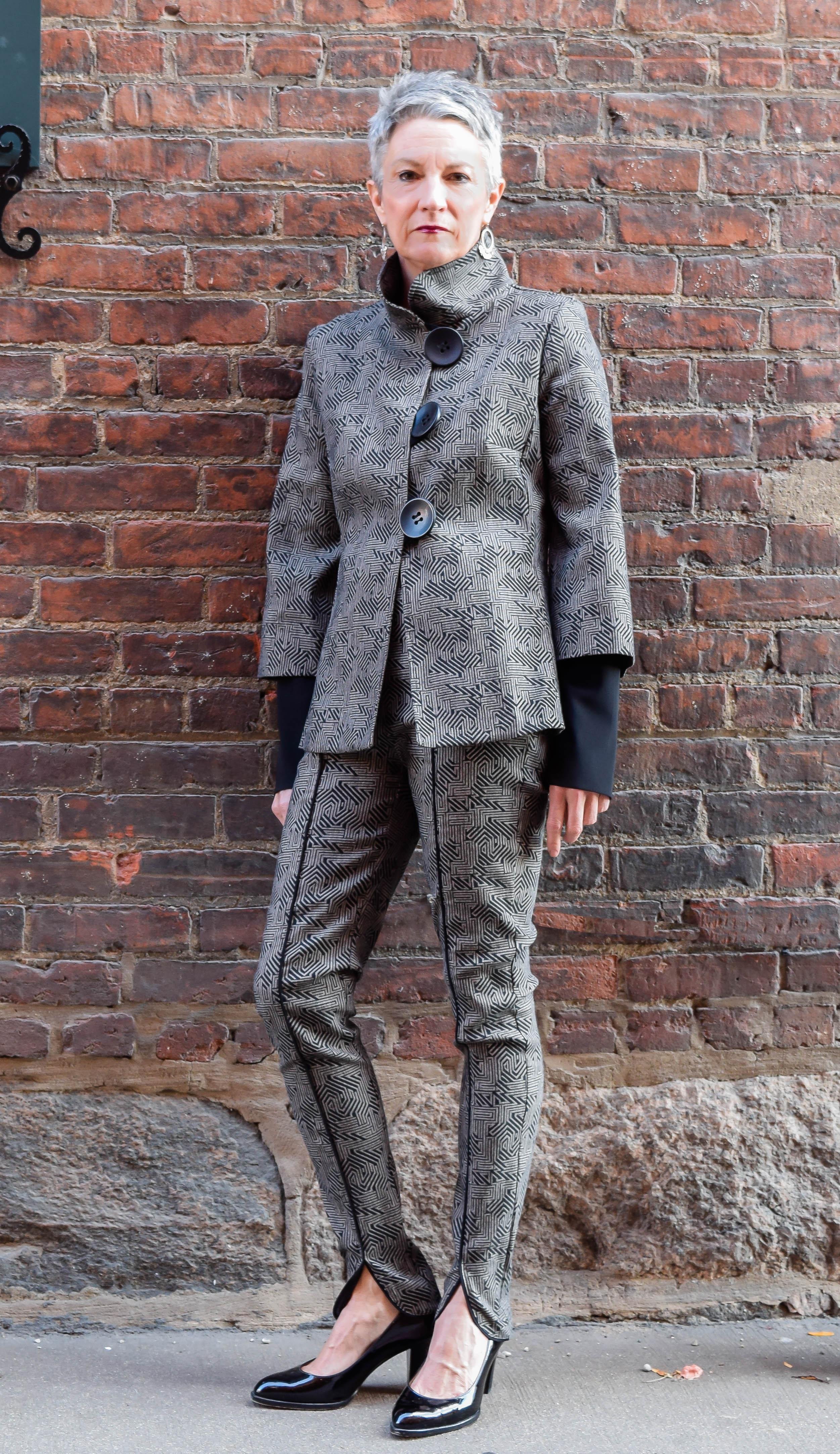 Renaissance-Ann-Arbor-Womens-Clothing-Kn